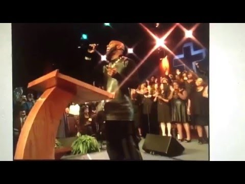 "Daryl Coley Tribute: Tonex Aka BSlade Singing The First Part Of ""When Sunday Comes"""