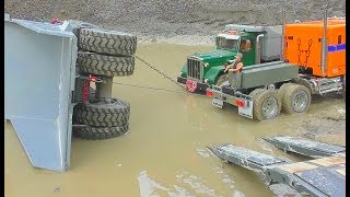 HEAVY RC EQUIPMENT FAIL! KOMATSU HD 605 ACCIDENT! RC LIVE ACTION
