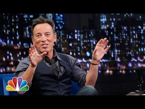 Twitter Questions with Bruce Springsteen (Late Night with Jimmy Fallon)
