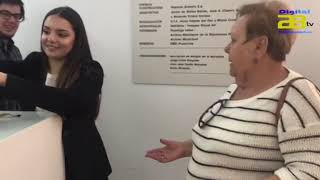 El Ayuntamiento reparte 25.000 pulseras oficiales de la Semana Santa de Almería