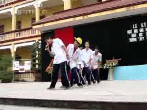 Le ki niem 20-11 truong Pham Ngu lao Nhom S2.lop 10 .flv