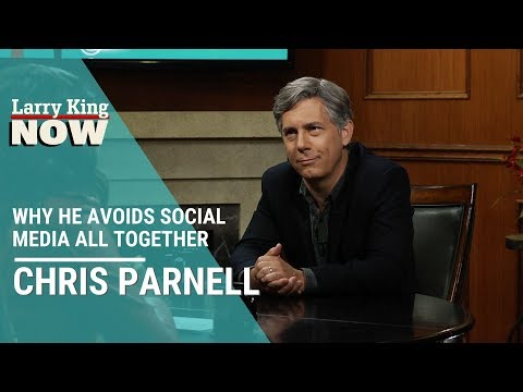 Actor Chris Parnell Explains Why He Avoids All Forms Of Social Media