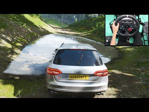 Audi RS4 -
