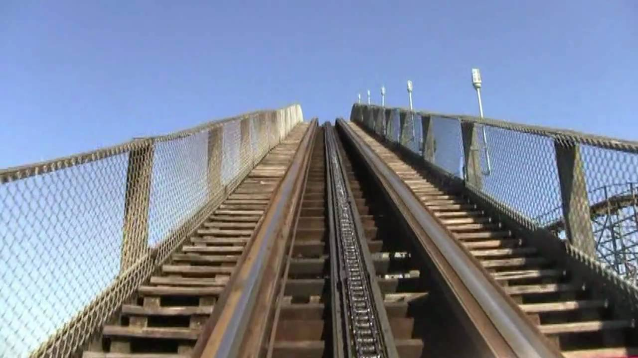 It's time Carowinds replace Hurler with something like an RMC or GCI