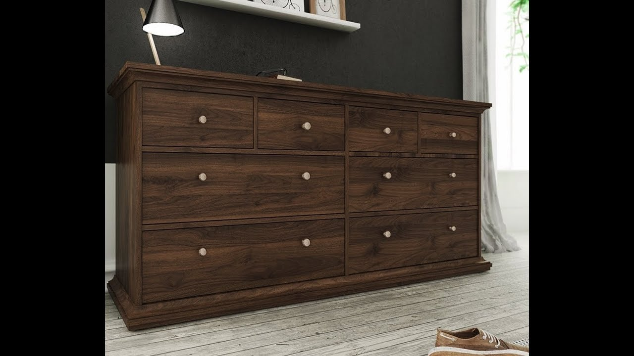 8 Drawer Chest Of Drawers In Walnut