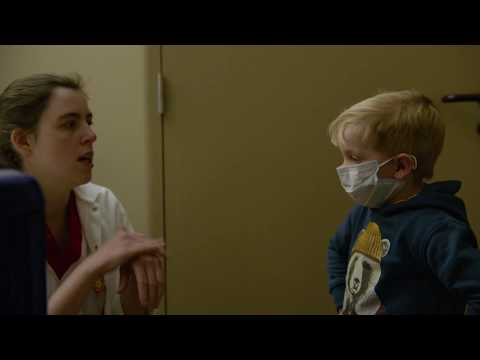 Is Stan fan van zijn berenpyjama? | Helden van de Kinderkliniek