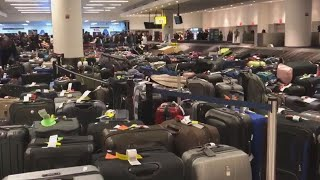 How to Deal With Lost Luggage at the Airport