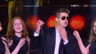 Download Video Robin Thicke - Blurred Lines - LIVE from NET 4.0 presents Indonesian Choice Awards 2017 MP3 3GP MP4