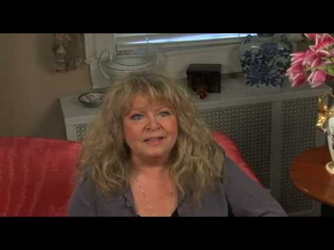 Hello, Dolly! : An Interview with Sally Struthers