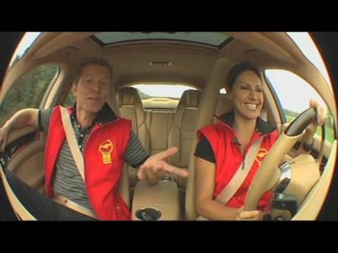 Porsche Panamera mit Nazan Eckes: Das Interview beim Goldenen Lenkrad 2009