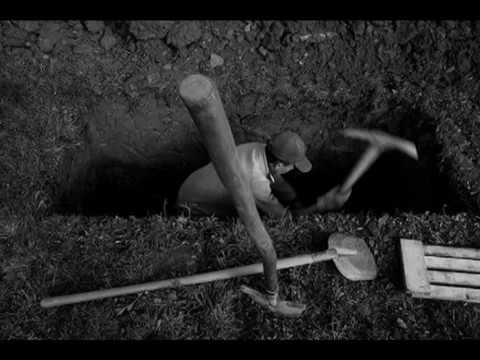 Nata e parë në VarrJeta e Varrit   Dr  Shefqet Krasniqi