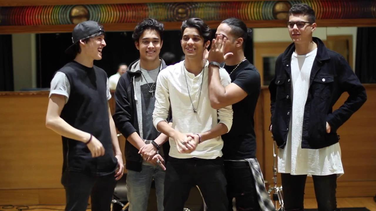 Funny Moment Cnco