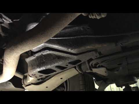 Daewoo Lanos - отпало крепление переднего рычага от кузова.