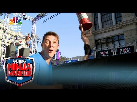 American Ninja Warrior - Crashing the Course: Los Angeles (Digital Exclusive)