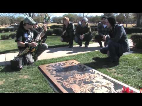 Pantera Dimebag Darrell Abbott Gravesite Jamming with Bobby T