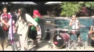[HQ] d'Kross - Daboribo MV (Arema Voice)