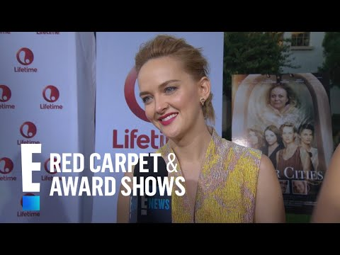 """""""Sister Cities"""" Stars Have Tons of Fun on Set   E! Live from the Red Carpet"""
