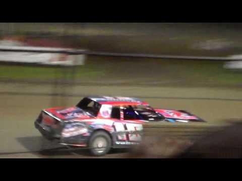 Stock Car Amain @ Marshalltown Speedway 09/16/16