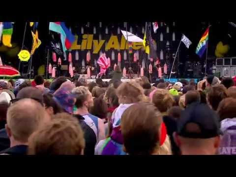 Lily Allen - Hard Out Here (Glastonbury 2014)