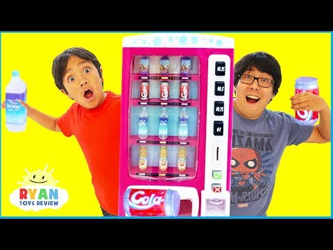ryan-pretend-play-with-vending-machine-toys-for-kids-and-children-playhouse!!!