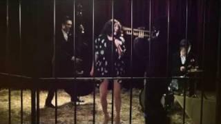 """Lisa Bassenge """"Nur fort"""" Official Videoclip"""