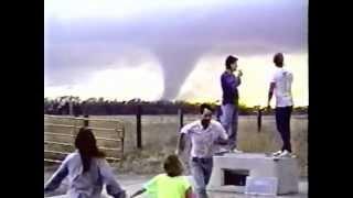 Grand Island, Nebraska Tornado 3-13-1990 ( Video 1 )
