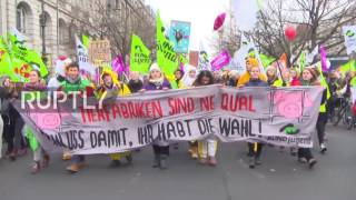Germany  'We've had enough!'   Thousands demand agricultural reforms in Berlin