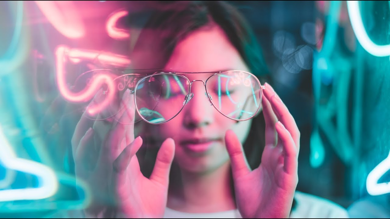 How To Shoot Neon Portraits By Gab Loste