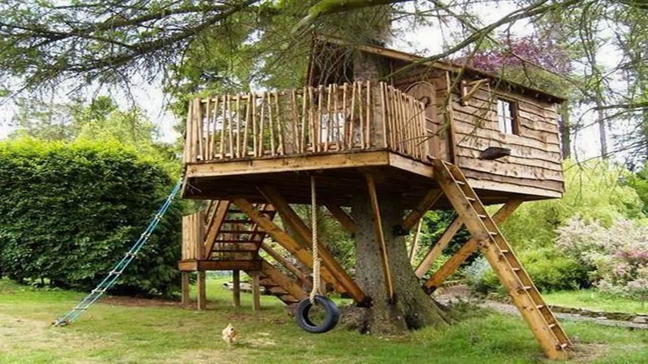 CRAZY TREE HOUSE HOLIDAY