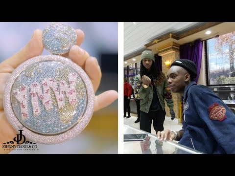 insane-never-before-seen-ynw-melly-$100k-spinning-earth-pendant