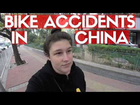 CALLING THE POLICE IN CHINA | Beijing Daily Vlogs
