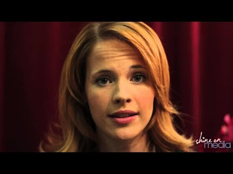 Katie Leclerc Speaks about her Meniere's Disease - YouTube