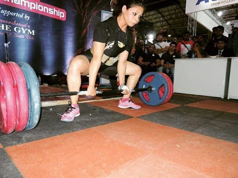 वूमन्स पॉवर लिफ्टिंग/Nagpur,19,year,old,Alfiya,award,the,Women's,Power,Lifting,in,29,gold,medal