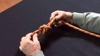 Noeuds marins : Frapper un bout sur une manille avec le noeud de capucin