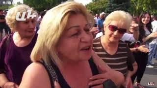 Դոն Պիպոն՝ Էջմիածնի քաղաքապետի հրաժարականի պահանջով հանրահավաքին