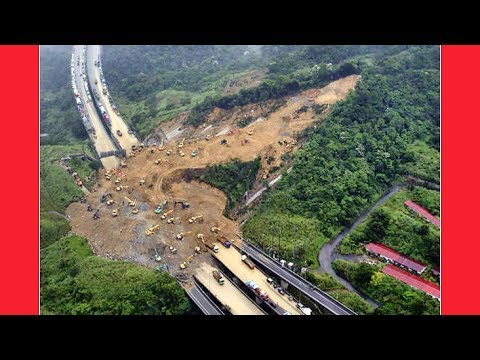 WE CAN'T BELIEVE THIS ISN'T IN THE NEWS !!! Malaysia Floods