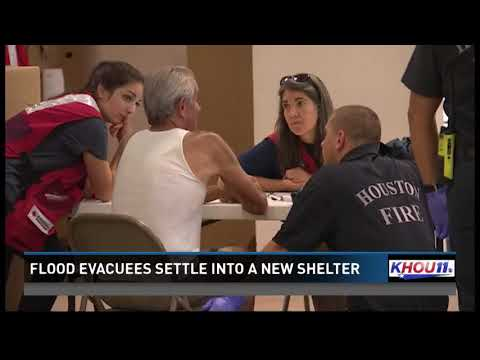 Harvey evacuees settle into new shelter at Greenspoint Mall