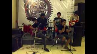 garasi - hilang (fairy odd cover) LIVE acoustic at IKJ
