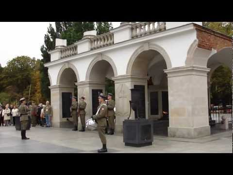 Tomb of the Unknown Solider - Changing of the Guard - Sunday special. Warszawa October 2012