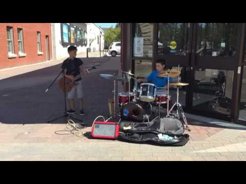 The Leynes Brothers BEST STREET PERFORMERS EVER!!!!!!!!!!!