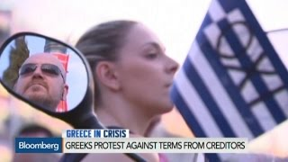 Protesters Come Out to Support Tsipras