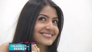 Anushka Sharma makes fun of Sameera Reddy