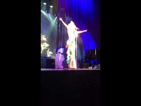 Let Your Love Walk In - Paloma Faith - Fall To Grace Tour - 28.1.13