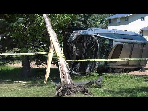 Seven-year-old Edmonton boy takes dad's van on joyride, crashes into tree at a playground