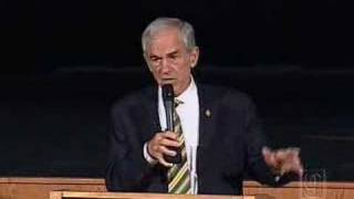 Ron Paul Discusses View Of Limited Government With Students