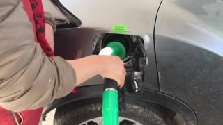 フランス ガソリンスタンド給油 thumbnail