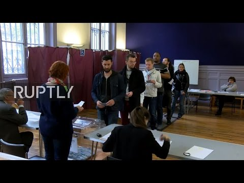 LIVE: French 2017 presidential election runoff - Parisians cast votes
