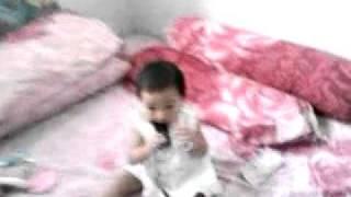 Bayi Mainan Hp