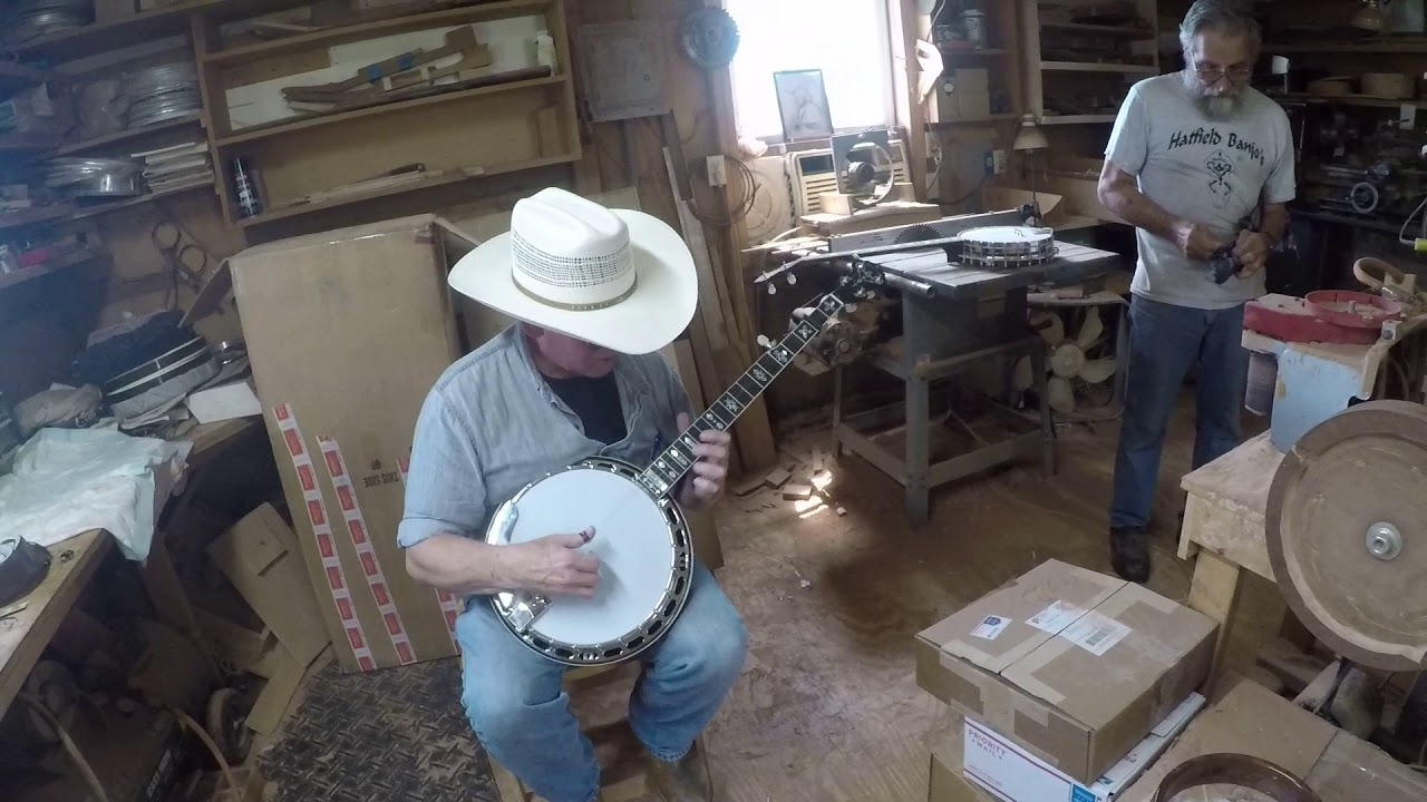 Kevin (Warpdrive) Hendrix Meets His New Hatfield Banjo 15