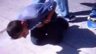 Repeat youtube video Las aventuras del chico ereccion
